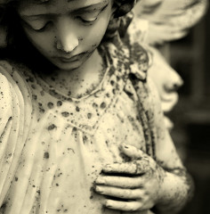 angel-in-irish-cemetery