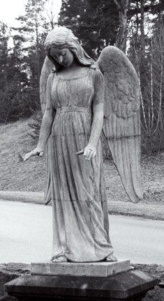 521px-hammarby_angel_statue