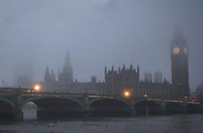 fog-over-westminster-bridge-and-parliament