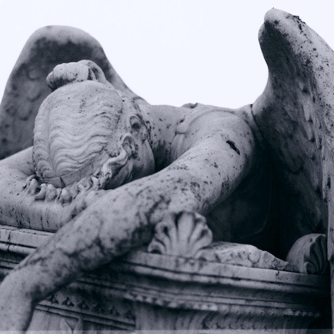 grieving-angel-statue