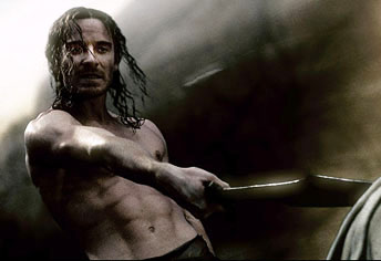 michael-fassbender-as-stelios-in-300