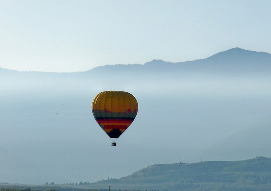 Hot Air Balloon, Wyoming, by carolynconner (FCC)