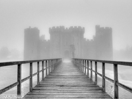 Bodiam Castle in the Fog by Dean Thorpe FCC