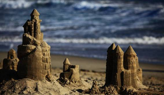 sand-castle-201207 creative commons