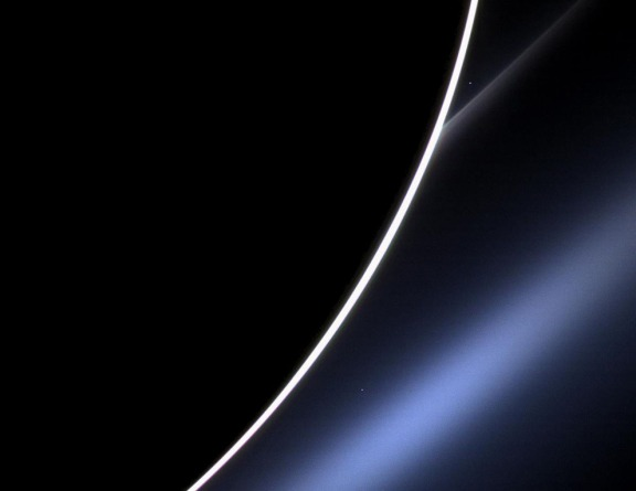 Dawn on Saturn, NASA Cassini Spacecraft NASA JPL-Calteh