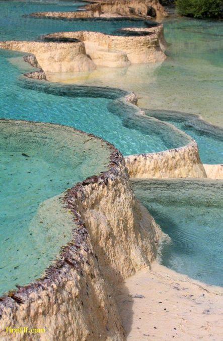 Natural-Rock-Pools-Of-Pamukkale--Turkey