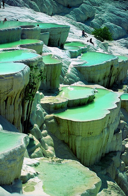 Natural Rock Pools of Pamukkale, Turkey5