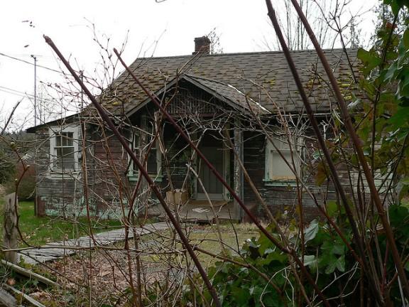 Chemainus House by molajen FCC
