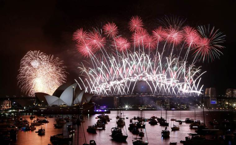 Sydney Harbor Fireworks 2014