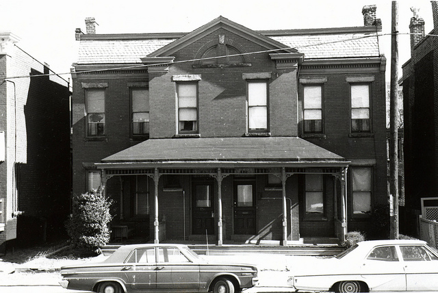 519-521 North Third Street by VCU Libraries c1978