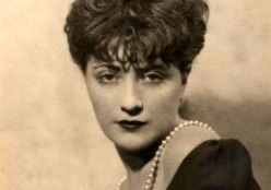 Torch singer Helen Morgan